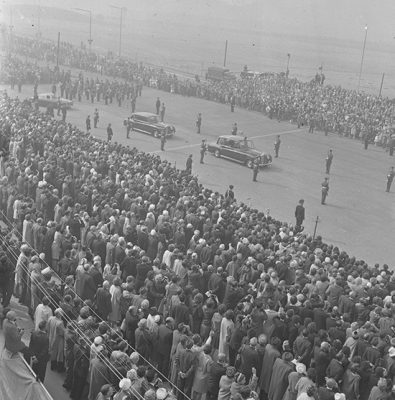 Crowd at Forth Road Bridge opening ceremony