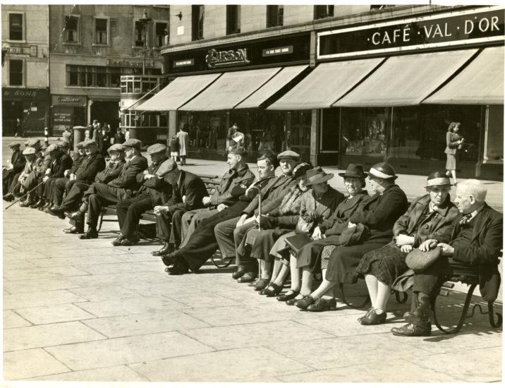 City Square, Dundee, Nov 1945